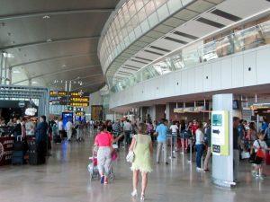 Аэропорт Валенсия: что нужно знать туристу