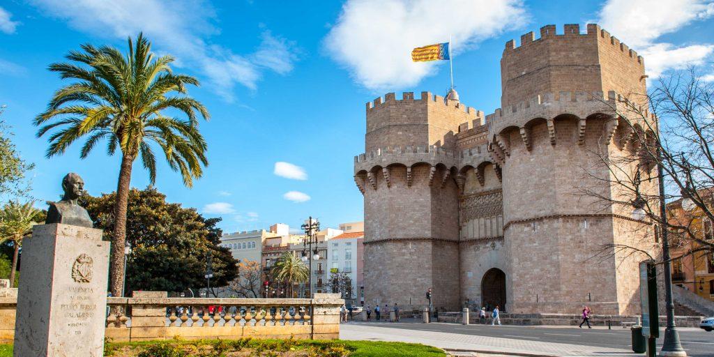 Валенсия. Башни Серранос (Torres de Serranos)