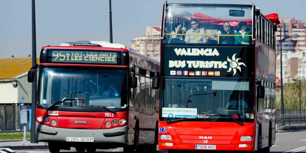 Автобусы для туристов в Валенсии